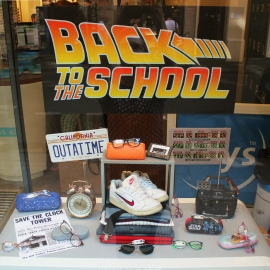 BACK TO THE FUTURE SCHOOL - KRYS PARIS